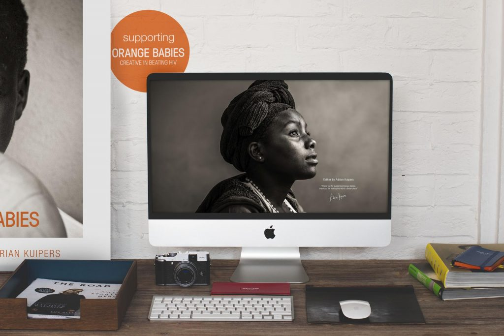 Adrian Kuipers - Esther - Desktop Wallpaper - Preview